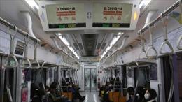 Dân Hàn Quốc vẫn sử dụng giao thông công cộng trong dịch COVID-19