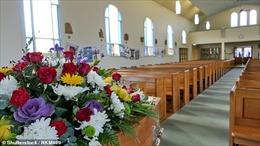 Nhà tang lễ Australia phát trực tiếp đám tang để phòng dịch COVID-19