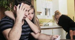 Nhiều người Mỹ hoãn kết hôn vì áp lực tài chính
