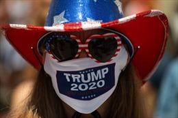 Những chiếc khẩu trang mang thông điệp chính trị trên khắp thế giới