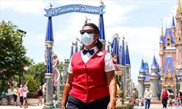 Hàng nghìn nhân viên lo lắng khi Mỹ mở lại công viên giải trí Disney