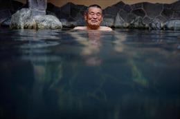 Dịch COVID-19 cản trở kế hoạch giải cứu 'văn hóa nhà tắm' Nhật Bản