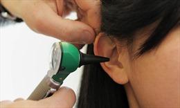 Đại học John Hopkins: Virus SARS-CoV-2 có thể 'trú ẩn' trong tai người