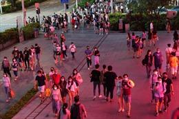 Thiên đường mua sắm sầm uất nhất Singapore điêu đứng vì COVID-19