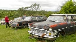 Bộ sưu tập hàng trăm chiếc xe hơi từ thời Xô Viết