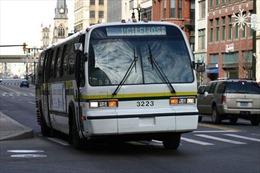 Mỹ giám sát xe buýt bằng camera thu tiếng