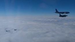 Xem Su-27 của Nga chặn máy bay chiến đấu Pháp trên không phận Biển Đen