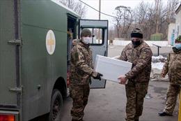 Ukraine vứt bỏ vaccine COVID-19 chưa sử dụng vì nhiều bác sĩ không đến tiêm chủng