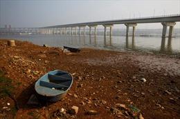 Trung Quốc trấn áp hoạt động khai thác cát trái phép trên sông Dương Tử