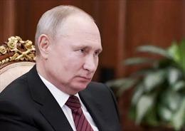 Tổng thống Putin gặp tác dụng phụ sau khi tiêm vaccine COVID-19