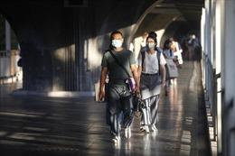 Làn sóng dịch COVID-19 mới đe dọa hy vọng hồi sinh ngành du lịch Thái Lan
