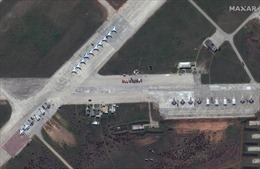 Ảnh vệ tinh hé lộ lực lượng hùng hậu Nga dọc biên giới Ukraine