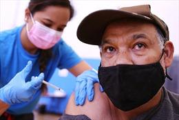 Chưa đến 1% người Mỹ mắc COVID-19 sau khi tiêm vaccine đầy đủ