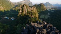 Vang Vieng – Thị trấn mơ màng giữa núi rừng đại ngàn ở 'xứ sở Triệu Voi'