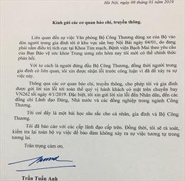 'Nóng' trong tuần: 'Xe biển xanh' đón vợ Bộ trưởng ở máy bay; Hà Nội cấm ghi hình khi tiếp công dân