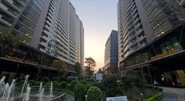 Kiểm soát chặt việc cấp phép đầu tư mới các dự án bất động sản cao cấp