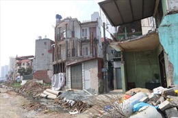 Nhà ở riêng lẻ thiết kế nhiều tầng, nhiều căn hộ đang phá vỡ quy hoạch