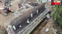 Gỡ vướng mặt bằng, nguồn cung vật liệu để đảm bảo tiến độ cầu Mỹ Thuận 2