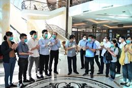 Đội phản ứng nhanh của Bệnh viện Chợ Rẫy được miễn phí vé máy bay trở về
