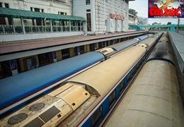 TP Hà Nội đồng ý mở 2 đưòng bay nội địa, đường sắt vẫn 'đóng cửa'