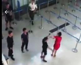 Vụ nữ nhân viên Vietjet Air bị đánh: Phạt hành chính nhóm an ninh sân bay Thọ Xuân
