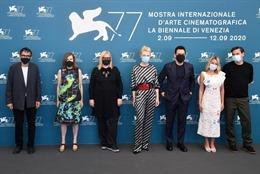 Khai mạc Liên hoan phim Venice lần thứ 77