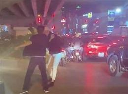 Lái xe bán tải hành hung người  không phải là công an quận Thanh Xuân