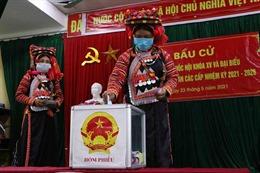 Cử tri Lào Cai nô nức đi bầu cử với tinh thần trách nhiệm cao