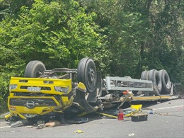 Tai nạn giao thông trên đèo Cù Mông, hai người chết