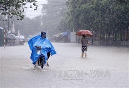 Thời tiết 12/10: Gió mùa Đông Bắc gây mưa dông trên diện rộng