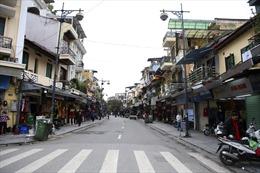 'Không khí Tết' ở Hà Nội ngày đầu nghỉ lễ