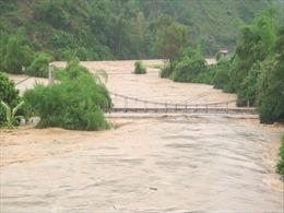 Lũ trên các sông từ Thừa Thiên -Huế đến Ninh Thuận đang lên, nguy cơ cao lũ quét, sạt lở đất