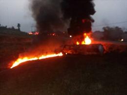 Xe bồn phát nổ làm ít nhất 34 người đang múc xăng bị thương vong