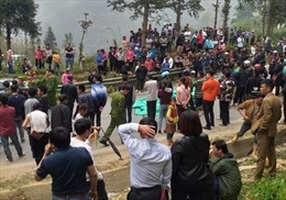 Lào Cai 'lên tiếng' vụ người dân 'bắt vạ' lái xe 400 triệu đồngsau tai nạn