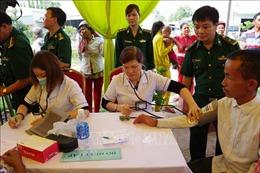 Khám, điều trị miễn phí cho người nghèo vùng biên giới Việt Nam – Campuchia