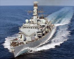 Anh điều động thêm chiến hạm HMS Kent tới vùng Vịnh