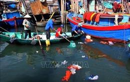 Tuổi Trẻ Bình Định ra quân Chiến dịch làm sạch biển 'Tử tế với Đại dương'