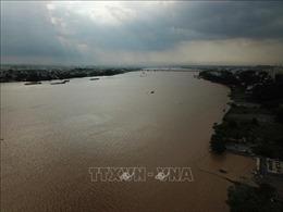 Triều cường xấp xỉ báo động III, nguy cơ ngập úng vùng trũng ven sông Đồng Nai