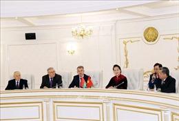 Chủ tịch Quốc hội Nguyễn Thị Kim Ngân hội đàm với Ban lãnh đạo Đảng Cộng sản Belarus