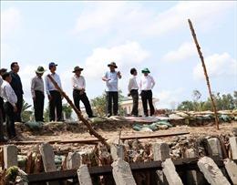 Phó Thủ tướng chỉ đạo khắc phục sự cố sụt lún đê biển Tây tại Cà Mau