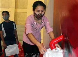 Hà Nam khai trương cây ATM gạo hỗ trợ công nhân, người nghèo
