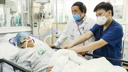 Kỳ tích 2 lần giành lại sự sống cho sản phụ tại 'tâm dịch'Bệnh viện Bạch Mai
