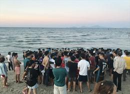 Quảng Nam: Đi tắm biển Thống Nhất, 3 thanh niên bị chết đuối thương tâm
