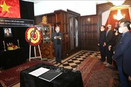 Trang trọng Lễ viếng, mở sổ tang nguyên Tổng Bí thư Lê Khả Phiêu tại Bỉ, Argentina