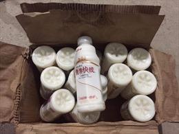 Phát hiện trên 38.340 chai sữa chua không rõ nguồn gốc