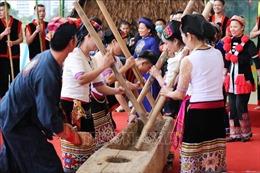 Bảo tồn văn hóa, chữ viết - gìn giữ diện mạo văn hóa riêng của mỗi dân tộc
