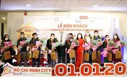 TP Hồ Chí Minh chào đón những du khách đầu tiên năm 2021