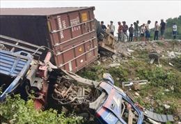 Tai nạn giao thông liên hoàn 5 xe ô tô trên Quốc lộ 9, Quảng Trị