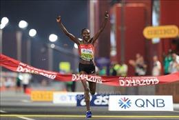 Kỷ lục thế giới mới ở cự ly chạy bán marathon nữ
