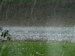 Mưa lớn ở các tỉnh vùng núi Bắc Bộ khả năng kéo dài đến ngày 6/4